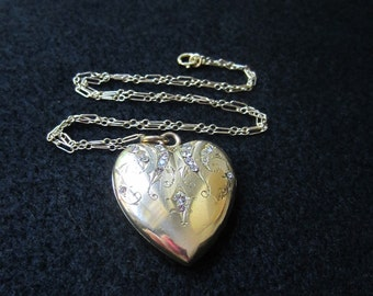 REDUCED Lovely Antique Yellow Gold Heart Locket Bridal Engagement Jewelry