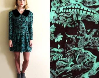 vintage dress 80s mini velvet collar landscape print emerald green 1980s womens clothing size xs extra small