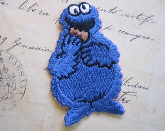 vintage embroidered COOKIE MONSTER applique - salvaged