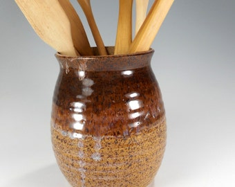 Ceramic utensil holder, pottery utensil holder, stoneware utensils jar, ceramic vase, ceramic home decor, pottery vessel, tan and brown