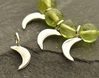 Tiny Crescent Moon Dangle  -  C3051, Sterling Silver, Celestial Charms