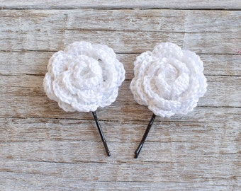 White crochet flower bobby pins - Set of 2