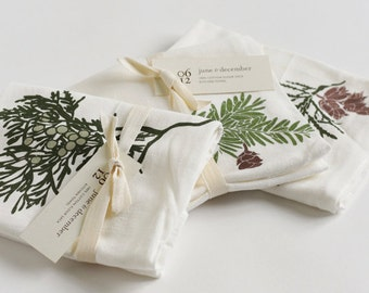 Winter Greens Holiday Kitchen Towels : Set of 3 Flour Sack Towels for Christmas Decorations