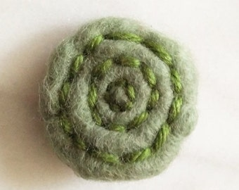 SHOP CLOSING SALE Woolly Green Rose Brooch