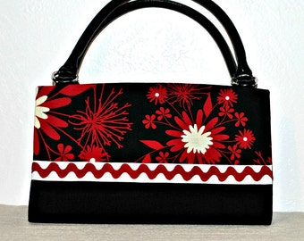 Two Tone Black, Red and Off White Floral Magnetic Bag Shell Cover