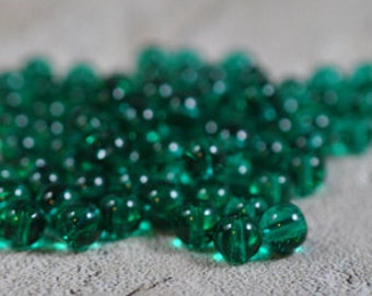 Green round glass beads, 6mm - #121