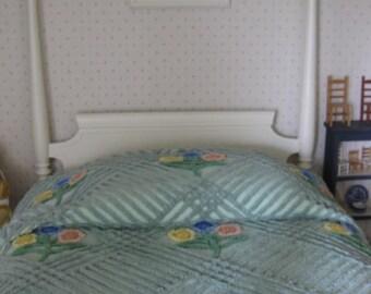 Vintage   Floral Chenille Bedspread