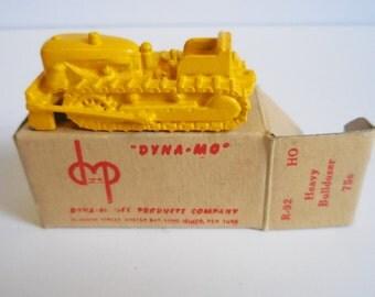 Vintage Dyna-Model miniature diecast car Heavy Bulldozer Custom painted HO R-92 Railroad accessories HO