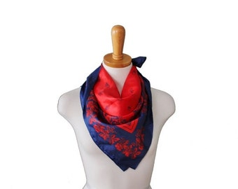 sale // Vintage 60s Red and Blue Flower Berry Scarf - Mod