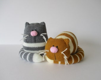 Ginger and Smudge toy cats knitting patterns