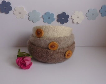FELTED 'FUSSPOT' bowls  ( set of 3 ,with hand-carved Wild Apple wood buttons  )  ' Woodland'....UK seller  ...ready to ship....