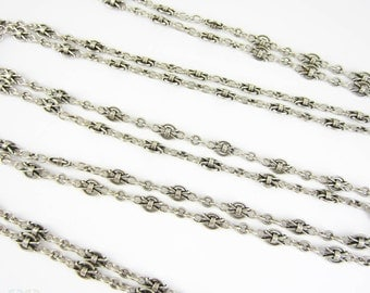 Antique French Sterling Silver Long Guard Chain, Fancy Link Necklace with Large Bolt Clip. Circa 1900s, 152 cm / 60 inches long.