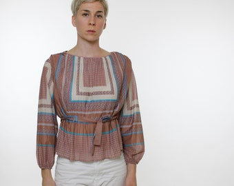 Vintage 70's blouse, lightweight pleated fabric, belted, geometric pattern, tan / taupe, white, blue, boatneck, semi-sheer - Small / Medium
