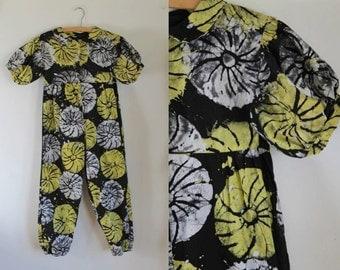 50% OFF... last call // vintage girl's romper - LEMON WHEELS batik ethnic jumpsuit / 12-14yr / xxxs