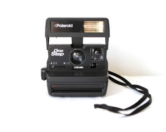 vintage POLAROID camera 1980s SUN 600 tested and in perfect condition