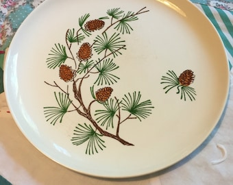 Vintage Dinner Plate Pine Cone Pine Tree Made in The USA #3921