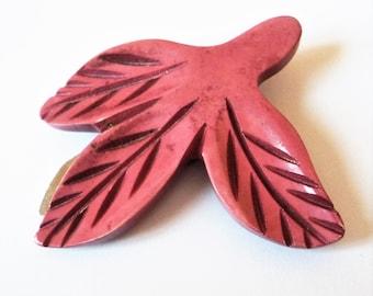 Carved Plastic Dress Clip... Marbled Pink Leaf