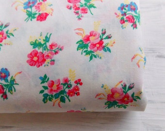 Vintage Fabric / Pink Floral Calico Print  / One Yard