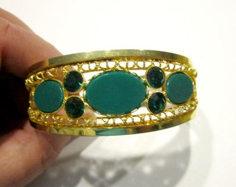 Vintage Clamp Bracelet Green Rhinestone Gold Filigree Bracelet