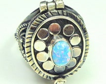 Sz 9 1/2, Vintage Poison Ring, Opal, Sterling Silver Ring, Medieval Design,Neo Victorian Pill Box Ring,Cremation Ring
