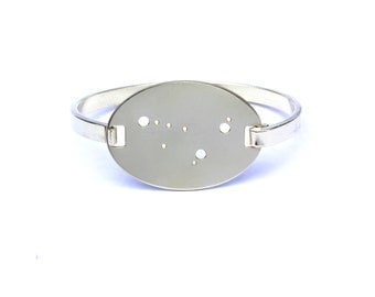 Capricorn High Polished Raw Brass Zodiac Constellation Oval Bracelet