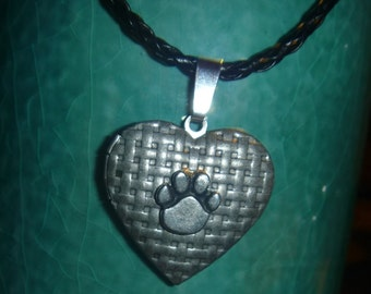 Basket weave  patterned locket with lead free pewter paw black cord