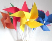 Paper Pinwheels Primary Colors Rainbow Favors Birthday Party Favors Crayola Favors 7 Pinwheels Baby Shower Table Centerpiece Photo Prop