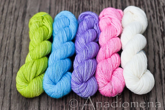 Merino Light - Spring Gradient - Colour Adventures (fibers: superwash merino)