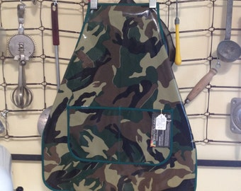 Kids Vinyl Wipe & Clean Camouflage Chef Style Apron