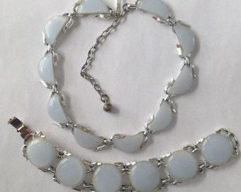 Vintage Thermoset Demi Parure Choker Necklace Bracelet Grey White