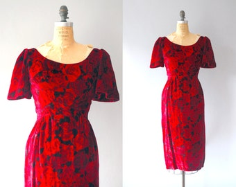 1960s Velvet Dress / Roses Are Red Dress / 60s