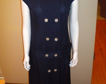 Vintage 1960s 60s Cotton twill Button front Belted dress Shift style Sized Medium