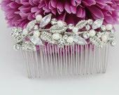 Wedding decorative comb Bridal hair comb Pearl wedding hair comb bridal hair jewelry wedding hair piece bridal comb wedding headpiece bridal