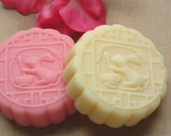 bunny rabbit soap glycerin soap scented in orchid this is the cutest soap ever!