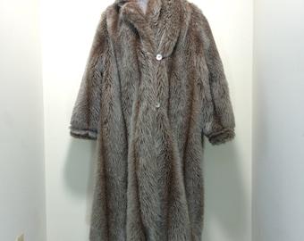 Vintage 80s Winman Coat / Long Brown Faux Fur Winter Overcoat / Size L