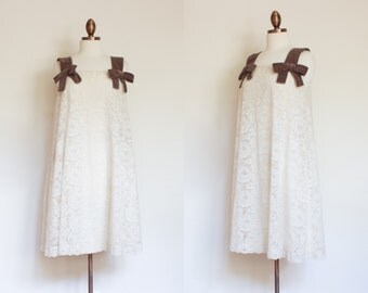 vintage 1950s Arkay ivory lace trapeze dress / 50s off white lace swing dress with velvet straps / S - M