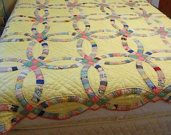Yellow Double WEDDING RING QUILT, 1930s Feedsacks, Intricate Design Pink Borders, Hand Quilted Q or D 72 x 84 Cozy Warm Winter Bedspread