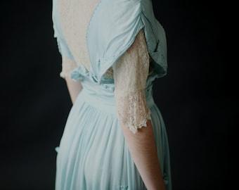 Antique 1900's Robin's Egg Blue Silk Wedding Gown - Merle d'Amérique