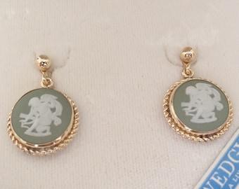 Green Wedgwood Earrings Van Dell 12K Gold Filled Cherub Cupid Angel Screw Back Vintage V0934