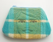 Wool rug - face - clutch - bag - thread drawn