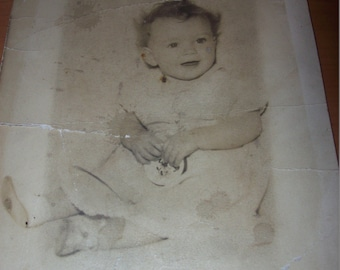 Vintage Photo of Baby Vintage Black and White Photo