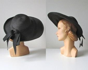 vintage 1940s hat / 40s straw pancake sun hat