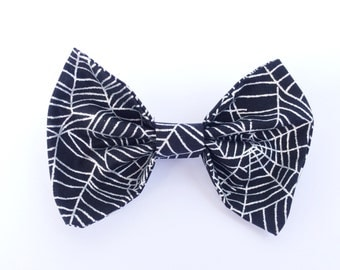 Metallic Spider Web Halloween Fabric Clip-on Hair Bow