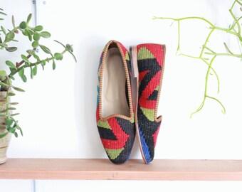 vintage kilim shoes, size 9