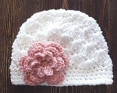 Girl Crochet Hat, White and Pink Hat, Newborn Girl Hat, Baby Girl Hat, Newborn Photo Prop, Girls White Hat, Baby Girl Beanie
