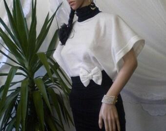 Elegant ladies tunic combination of black and white