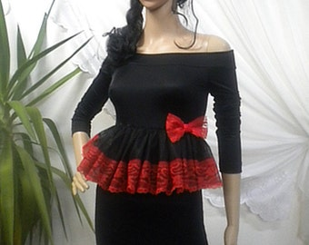 Ladies mini dress or tunic with a set of waist tulle