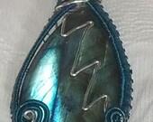 Labradorite Gem Wire Wrapped Necklace Pendant.