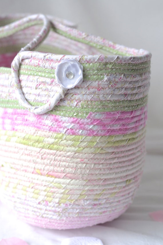 Pink Tote Bag, Handmade Coiled Fabric Basket, Shabby Chic Moses Basket, Lovely Pink Storage Organizer, Picnic Basket, Gift Basket