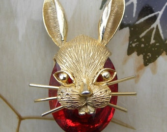 Vintage BSK Bunny Rabbit Brooch Pin, Goldtone, Red Glass Rhinestone 49mm x 34mm, 1960's Vintage Pin, Unique!